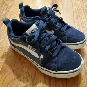 Vans Boys Size 2 Off The Wall Navy Blue Sneakers